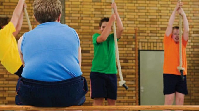 5 Problems Obese Children Face in Schools